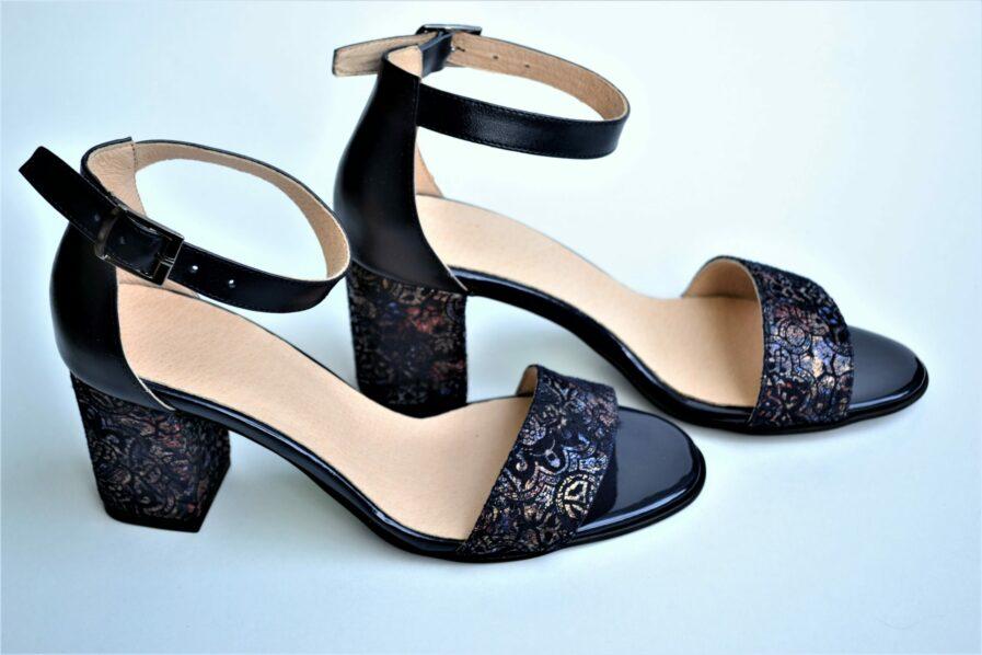 Sandale bleumarin din piele naturala cu imprimeu