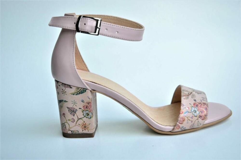 Sandale nude din piele naturala cu imprimeu floral