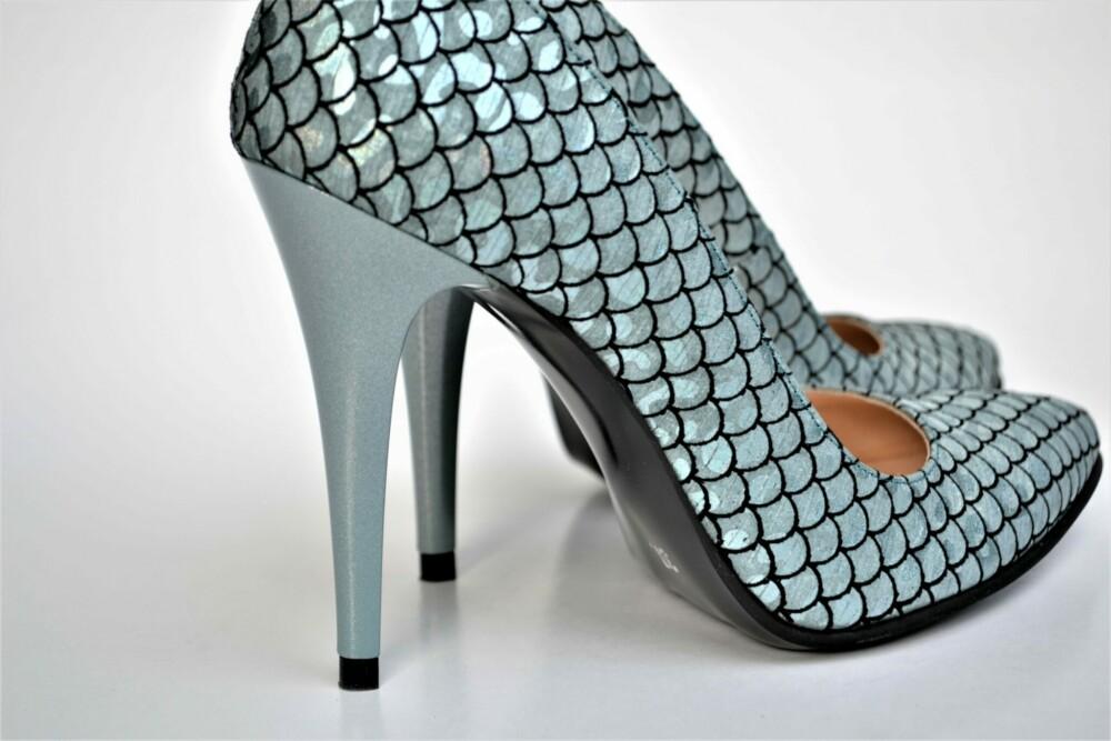 Pantofi stiletto din piele naturala cu imprimeu
