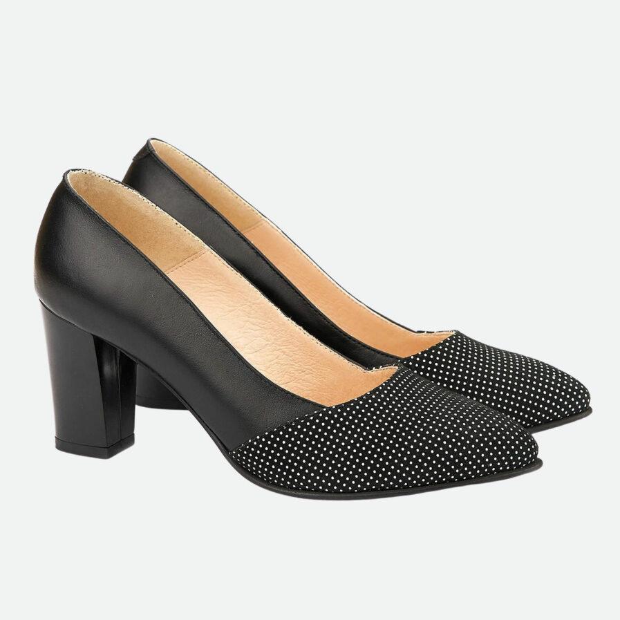 Pantofi negri cu buline din piele naturala