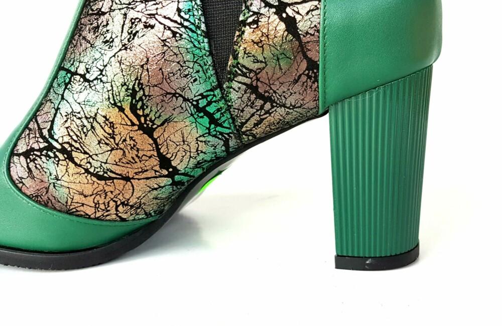 Botine verzi din piele naturala cu imprimeu
