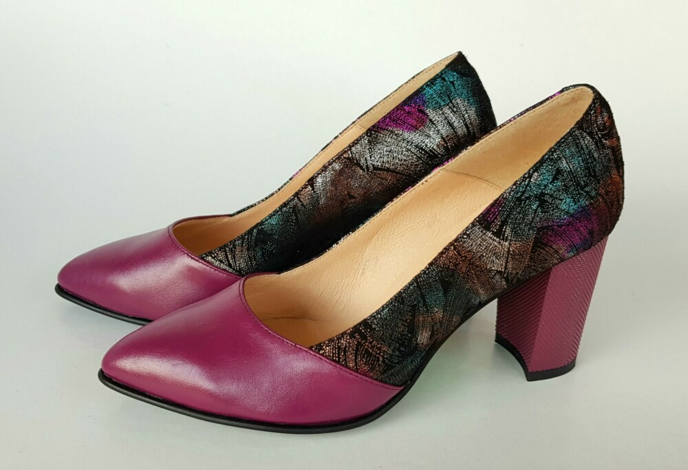 Pantofi roz din piele naturala cu imprimeu