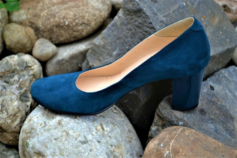 Pantofi bleu navy din piele naturala catifelata