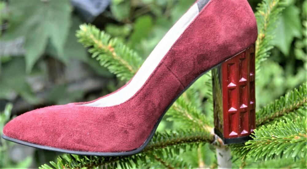 Pantofi bordo din piele naturala cu toc geometric