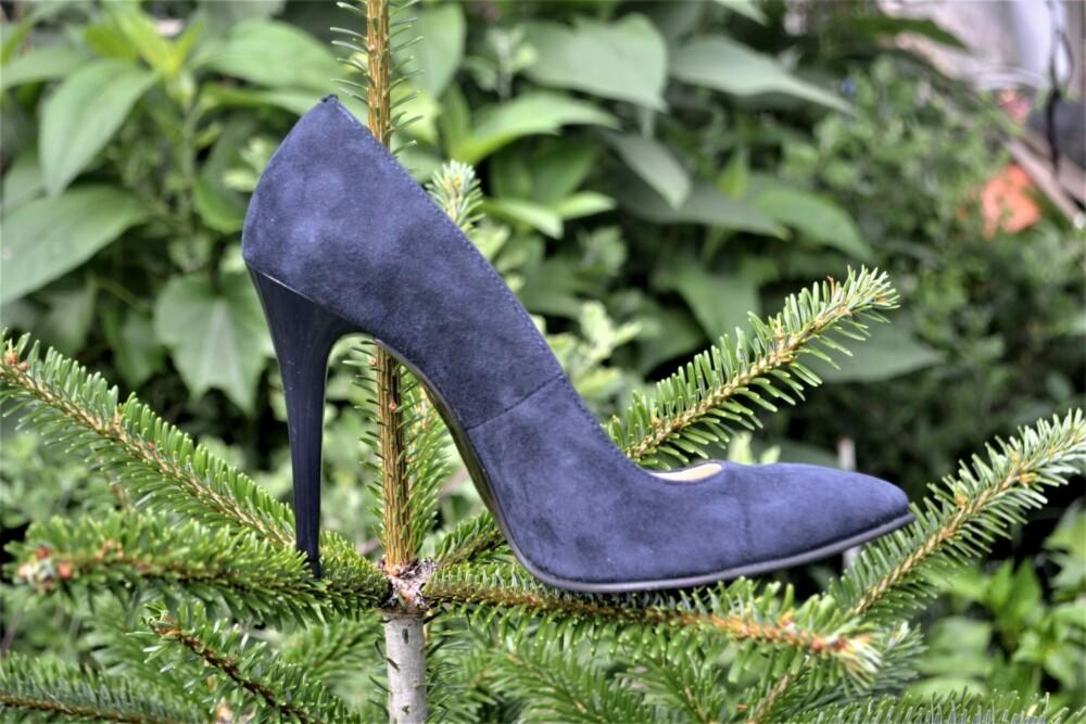 Pantofi stiletto bleumarin din piele naturala catifelata