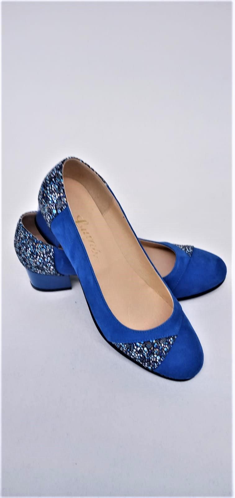 Balerini albastri din piele naturala