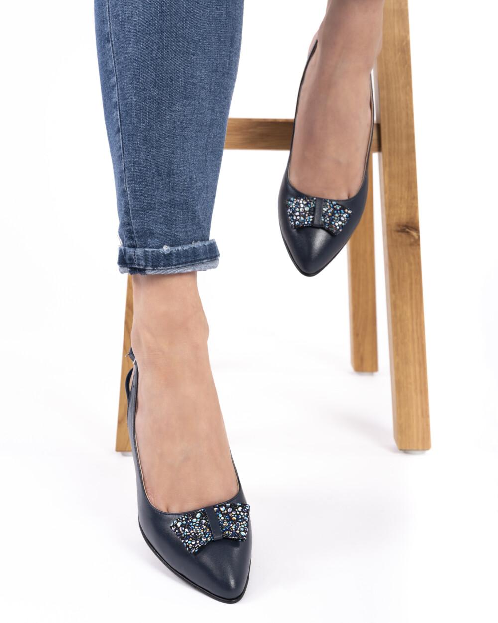 Pantofi sanda din piele naturala bleumarin vreaupantofi.com