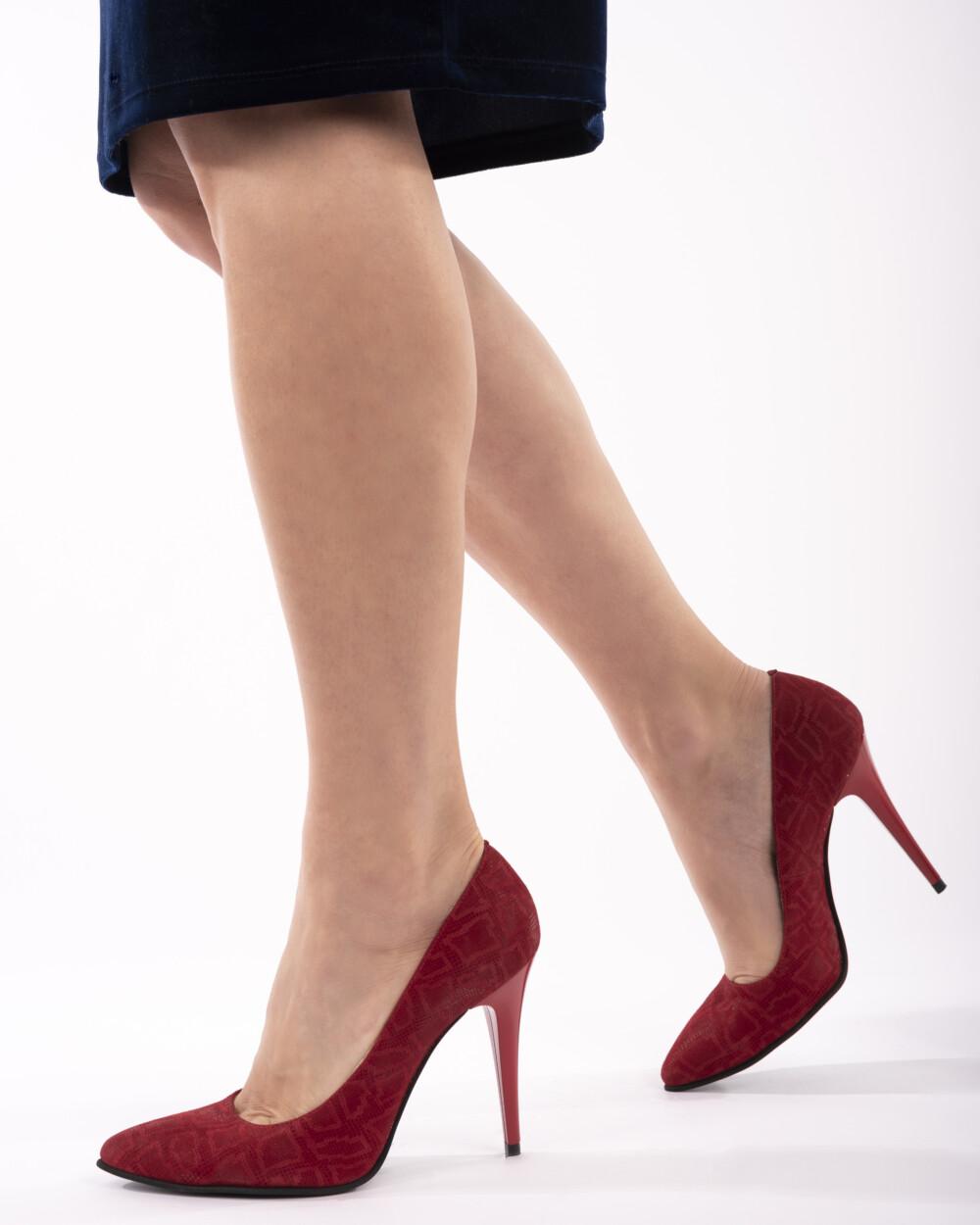 pantofi rosii stiletto din piele naturală vreaupantofi.com
