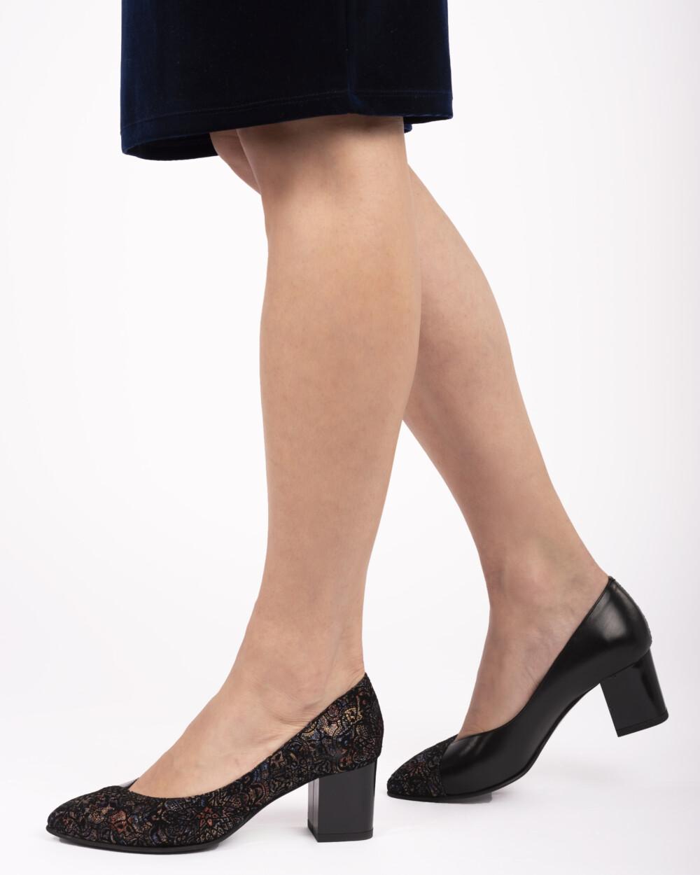 pantofi negri din piele naturală
