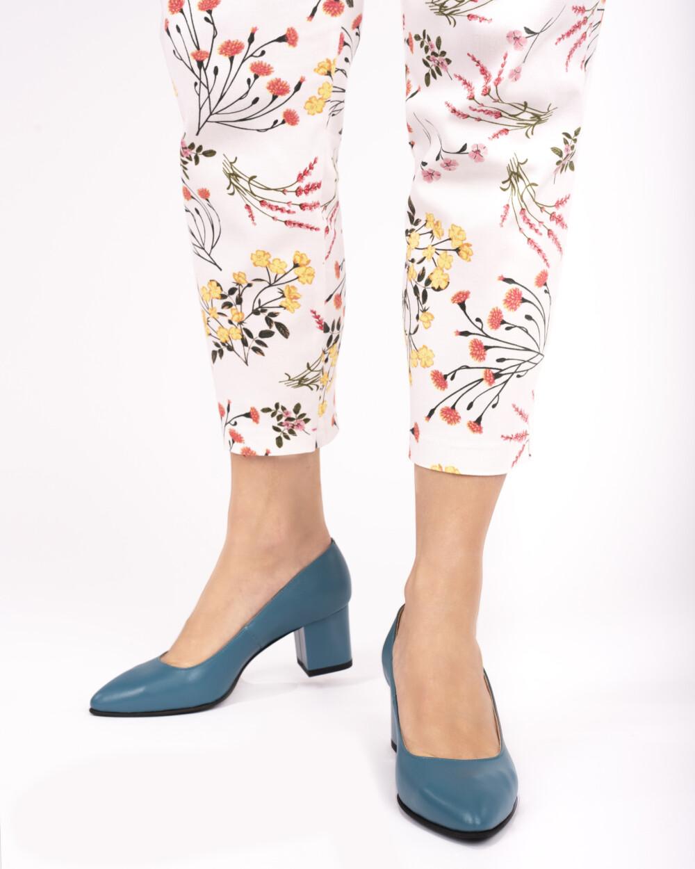pantofi albaștrii din piele naturală